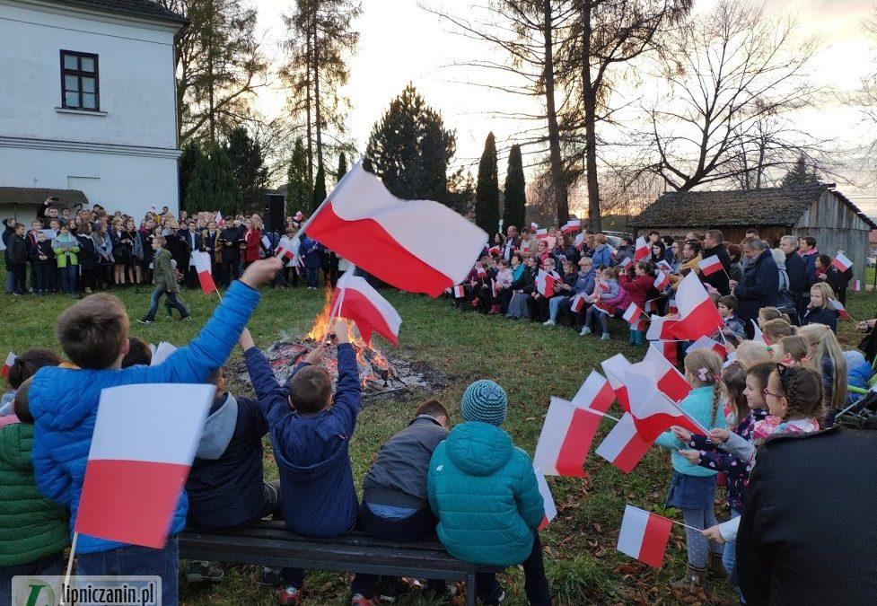 """""""Ognisko Patriotyzmu"""" 11.11.2018 – galeria zdjęć"""